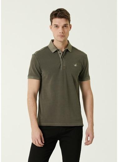 Beymen Club Beymen Club 101589683 Polo Yaka Kısa Kol Slim Fit Gizli Düğme Kapatmalı Logo Işlemeli Pamuk  Erkek Tişört Haki